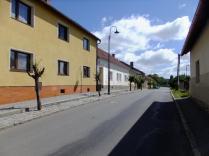03-KosovaHora-2018-06-30-UliceKNadrazi