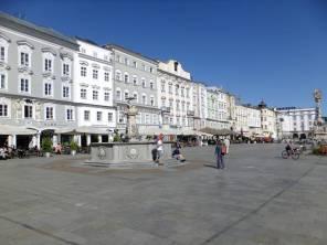 Hauptplatz - Hlavní náměstí - západní strana