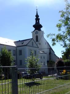 Katolická fara a kostel