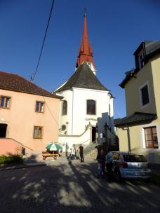Kostel od západu