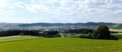 Pohled na Cáhlov od jihovýchodu