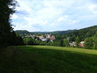 Celkový pohled na Rožmitál na Šumavě / Rosenthal im Böhmerwalde
